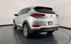 Pongo a la venta cuanto antes posible un Hyundai Tucson en excelente condicción-6