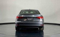 Audi A4 2017 en buena condicción-3