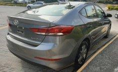 Hyundai Elantra 2018 barato en Huixquilucan-1
