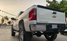 Pongo a la venta cuanto antes posible un Chevrolet Cheyenne en excelente condicción-0