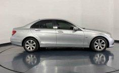 Se pone en venta Mercedes-Benz Clase C 2015-4