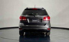Se pone en venta Dodge Journey 2014-1