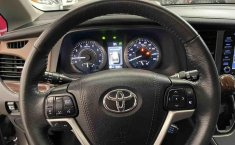 Se vende urgemente Toyota Sienna 2018 en Tlalnepantla-1
