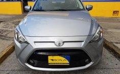 Auto Toyota Yaris 2018 de único dueño en buen estado-0