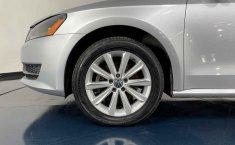 Se pone en venta Volkswagen Passat 2014-0