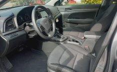 Hyundai Elantra 2018 barato en Huixquilucan-0