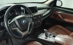 Auto BMW X5 2014 de único dueño en buen estado-8