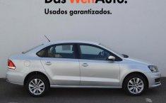 Se vende urgemente Volkswagen Vento 2020 en Salamanca-6
