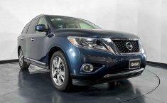 Nissan Pathfinder 2015 en buena condicción-8