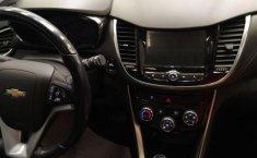 Auto Chevrolet Trax 2019 de único dueño en buen estado-5