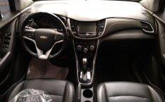 Auto Chevrolet Trax 2019 de único dueño en buen estado-4