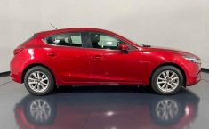 Se vende urgemente Mazda 3 2017 en Juárez-5