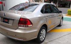 Se pone en venta Volkswagen Vento 2018-16