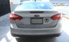 Pongo a la venta cuanto antes posible un Ford Focus en excelente condicción-2