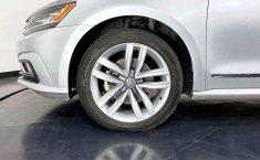 Volkswagen Passat 2017 barato en Juárez-8
