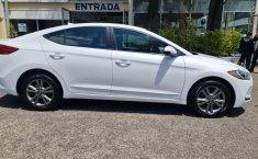 Hyundai Elantra 2018 barato en Ignacio Zaragoza-4
