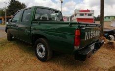 Venta de la Nissan NP300 Doble Cabina 2005-1
