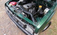Venta de la Nissan NP300 Doble Cabina 2005-4