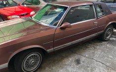 Venta del Chevrolet Monte Carlo luxury 1982-3