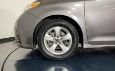 Toyota Sienna 2018 barato en Juárez-35