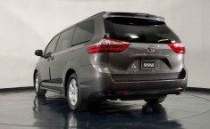 Toyota Sienna 2018 barato en Juárez-16