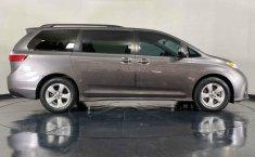 Toyota Sienna 2018 barato en Juárez-13