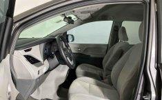 Toyota Sienna 2018 barato en Juárez-3