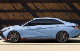 Hyundai Elantra N Line 2022, el sedán se revela en su faceta más radical