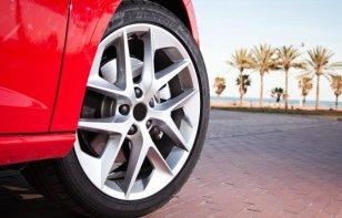 3 criterios que deben tener en cuenta al escoger las llantas para carro