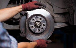 Consejos útiles de cuidado de sistema de frenos: sistema de frenos de tambor y sistema de frenos de disco