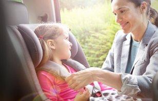 ¿Conoces cuáles son las reglas de seguridad para hacer viajes con los niños en el automóvil?