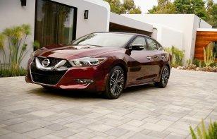 Nissan Maxima SR 2018: Ventajas y Desventajas