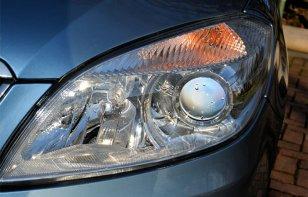 Cómo restaurar los faros de tu vehículo en sólo 10  pasos