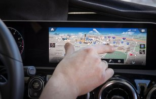Mercedes-Benz dejará jugar Mario Kart en sus autos gracias a MBUX