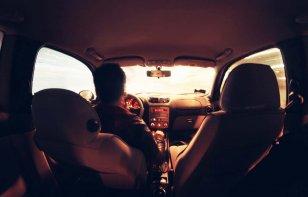 Tres maneras de ganar dinero con tu automóvil