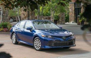 Toyota Camry 2019: Ventajas y Desventajas