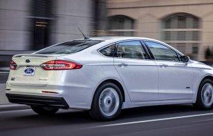 Ford Fusion Hibrido 2019: Ventajas y Desventajas