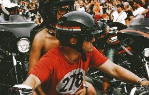Lo que debes considerar al comprar un casco para moto