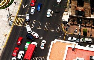 Reducción de carriles: ¿formarse o incorporarse de último minuto?