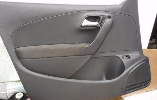 Cómo quitar los paneles de las puertas de tu auto