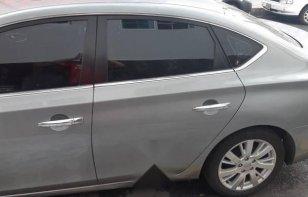 Un Nissan Sentra 2013 impecable te está esperando