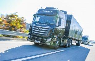 Hyundai prueba conducción autónoma en caravana de camiones