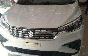 Coche impecable Suzuki Ertiga con precio asequible