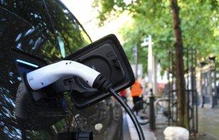 Google Maps perfila funciones para conductores de autos eléctricos