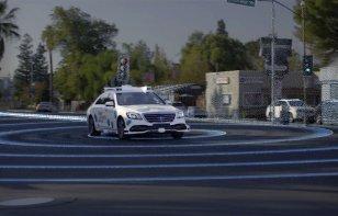 Mercedes-Benz y Bosch comienzan pruebas de viajes autónomos en California