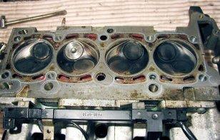 Te explicamos qué es la cabeza del motor y cómo saber cuando falla