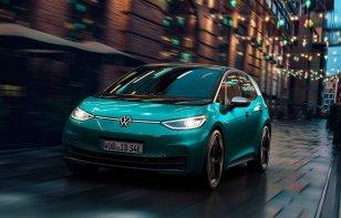 """""""Los vamos a superar"""", el desafiante mensaje de Volkswagen a Tesla"""