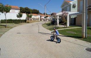 5 reglas de seguridad para conducir en una zona residencial
