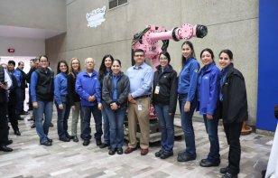 Ford dona robots a escuelas en México