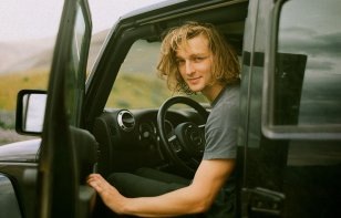 La extensión de cobertura te ayuda a conducir autos que no sean tuyos de forma más segura